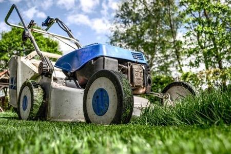 https://cashinaflashpawn.com/wp-content/uploads/lawn-mower-img_450x300_acf_cropped.jpg